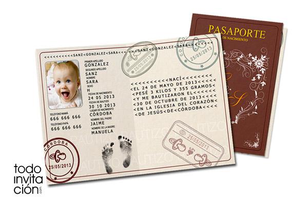 "Invitación de bautizo original ""Pasaporte"""