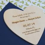 invitacion corazon de madera 3