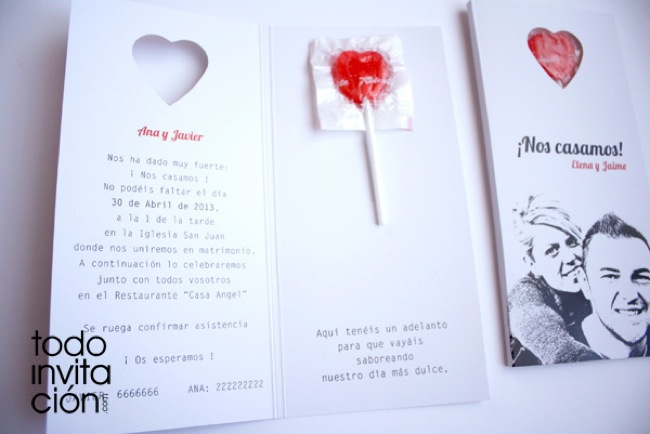 invitacion de boda original con corazones