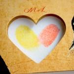 invitacion de boda original con huellas dactilares