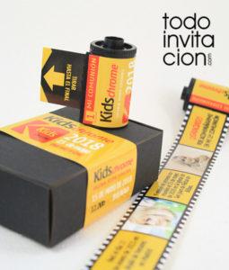 invitacion comunion original carrete de fotos