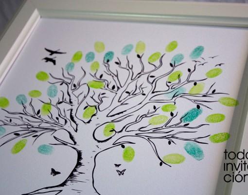 cuadro arbol de huellas para bautizo
