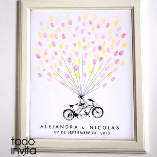 cuadro de huellas boda bici globos