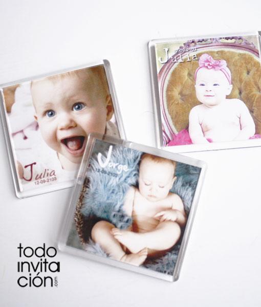 Imanes cuadrados con foto bautizos invitaciones y for Detalles bautizo originales