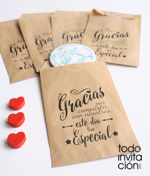 Bolsas kraft peque as gracias 5 bodas pack 20 und for Regalo para amigas especiales boda