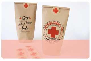 Bolsas y cajas kit de supervivencia